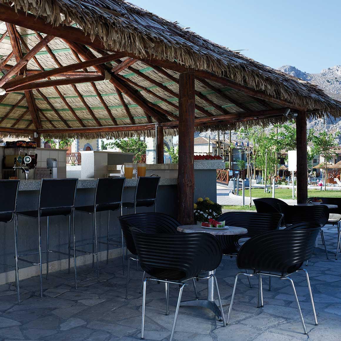cantina pool & entertainment bar